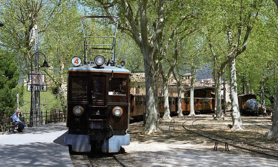 Flugreise - Mallorca zur Mandelblüte – Zug von Sóller
