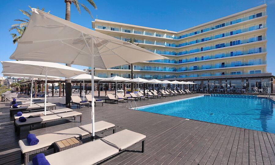 Flugreise - Mallorca zur Mandelblüte – Hotel El Cid Playa de Palma Poolbereich