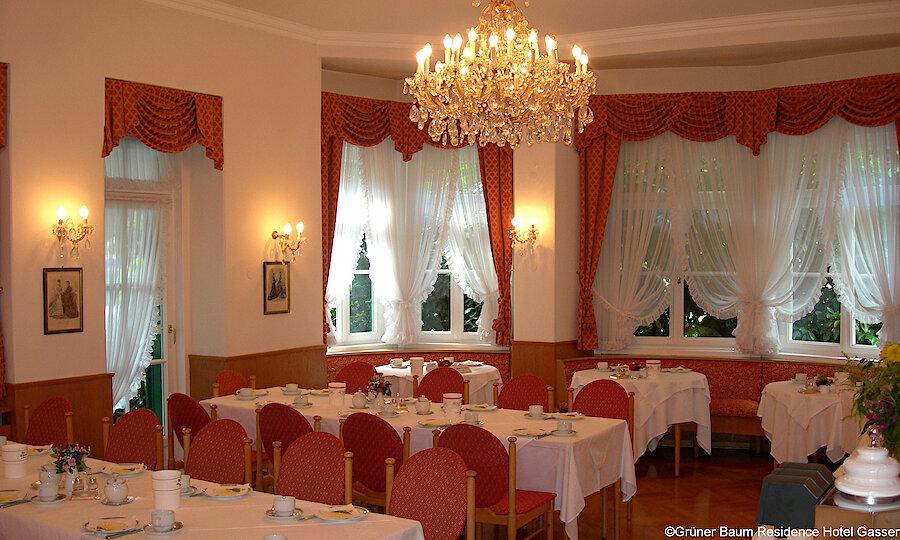 Land der Kirchen, Klöster & Burgen – Grüner Baum Residence Hotel Gasser Restaurant