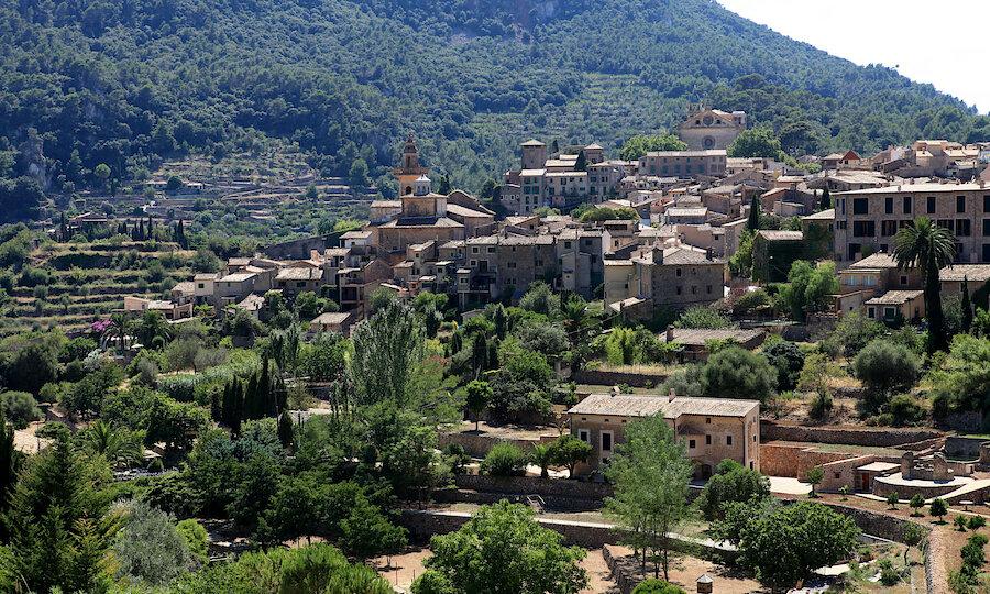 Flugreise - Mallorca zur Mandelblüte – Valldemossa