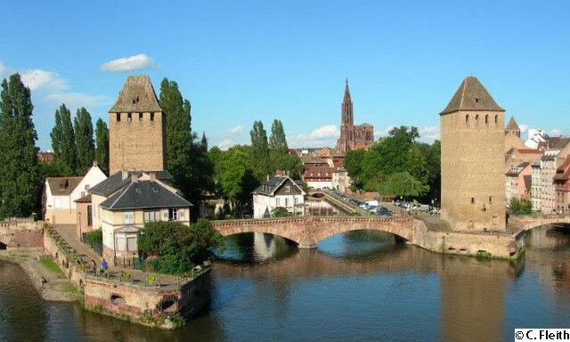 Strasbourg & die Weinstraße – Pont Couverts de Strasbourg