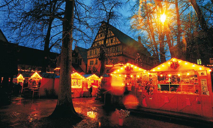 Silvester an der Romantischen Straße – Dinkesbühl Weihnachtsmarkt
