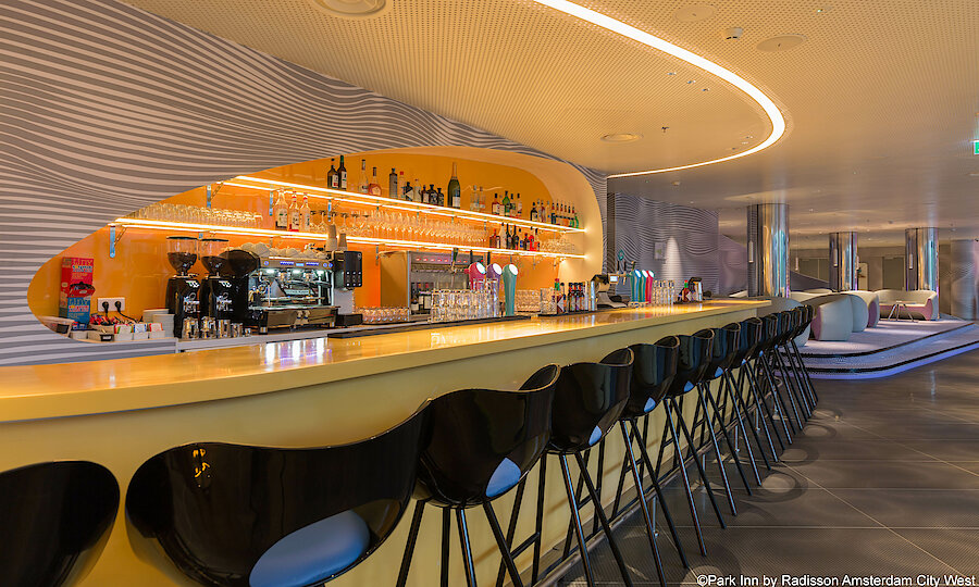 Städtereise Amsterdam – Park Inn by Radisson Amsterdam City West Bar