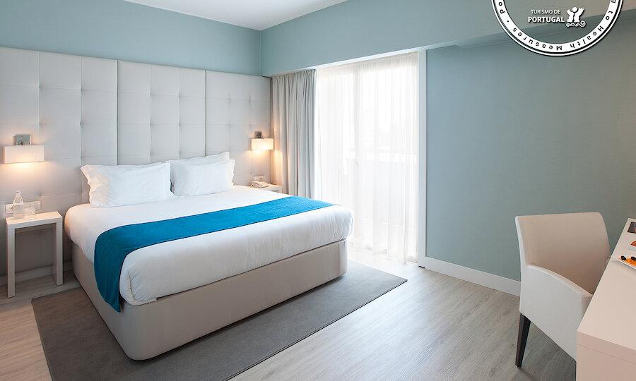 Flugreise - Portugal-Rundreise – Hotel Lutecia - Hotelzimmer