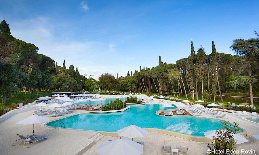 Urlaubsreise Kroatien – Hotel Eden Rovinj Pool