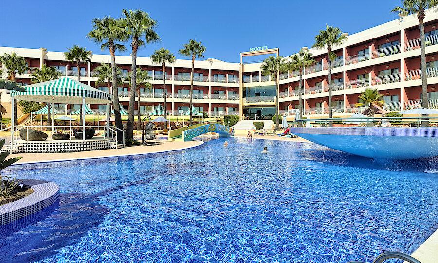 Flugreise - Portugal-Rundreise – Hotel Baia Grande - Außenansicht