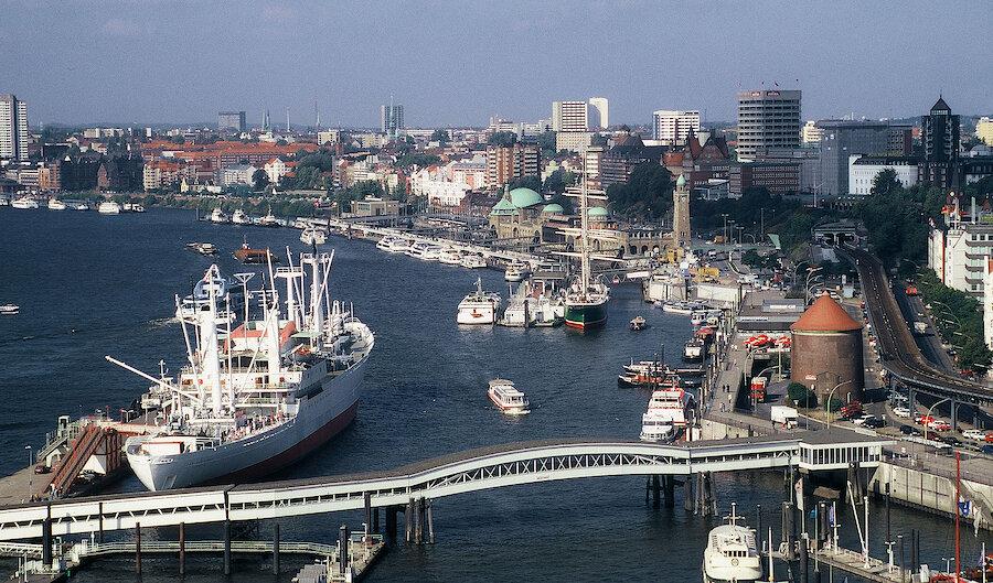 Städtereise Hamburg – Hafenpanorama
