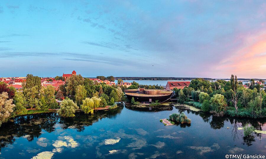 Schwerin & das Land der tausend Seen – Mecklenburgische Seenplatte Waren