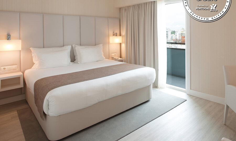 Flugreise - Portugal-Rundreise – Hotel Lutecia - Hotelzimmer-1