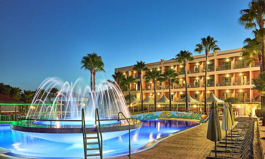 Flugreise - Portugal-Rundreise – Hotel Baia Grande - Hotelpool