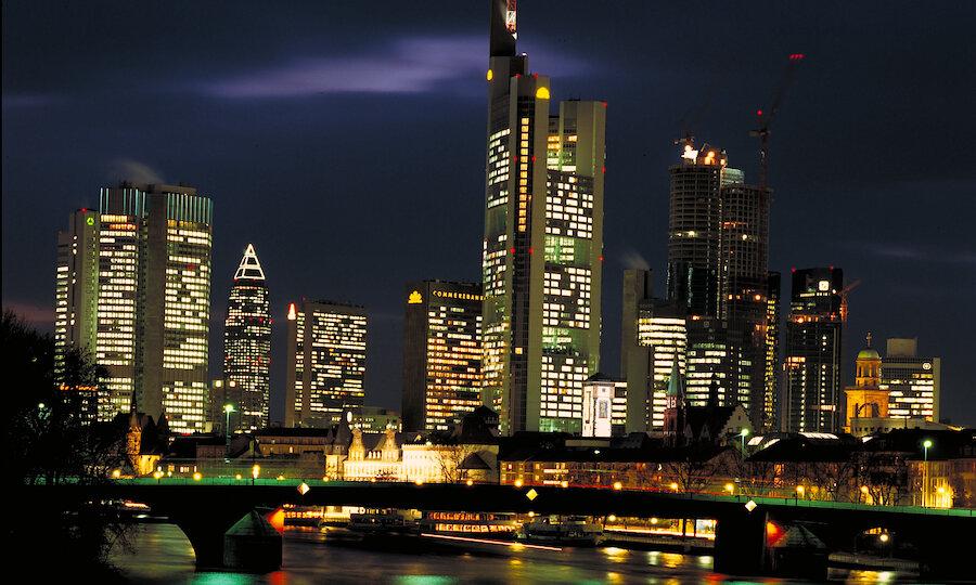 Advent im Taunus – Skyline Frankfurt