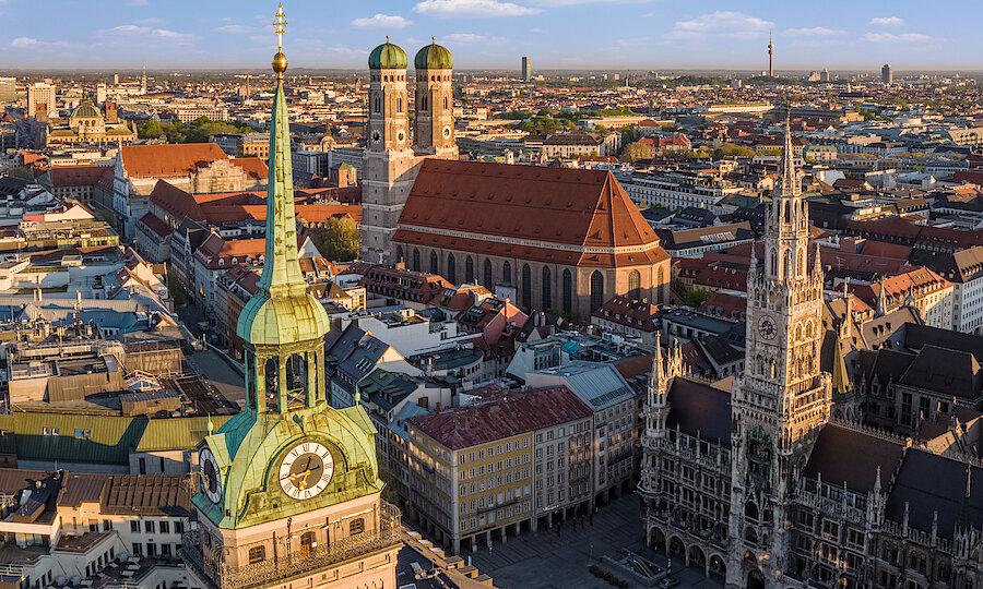 Städtereise München – Marienplatz ©Redline